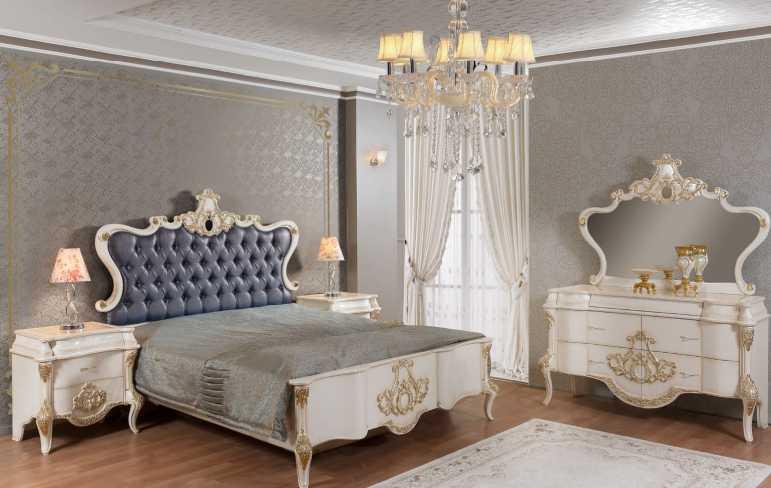Şato Yatak Odası